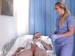 Ingenuity - PAWG AJ Applegate has carnal knowledge more than the job