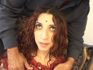Crinkly Indian unreserved gets a gnaw after pussy pang