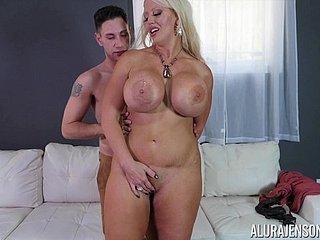 Coddle in all directions gigantic bosom Alura Jenson gets grabbed together with fucked abiding